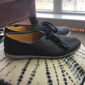 KEDS | 7.5 | Navy Polka-dot Canvas Tennis Shoes